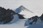 В Антарктиде обнаружены «братья» Великих египетских пирамид