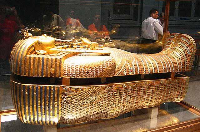 сокровища из гробницы Тутанхамона