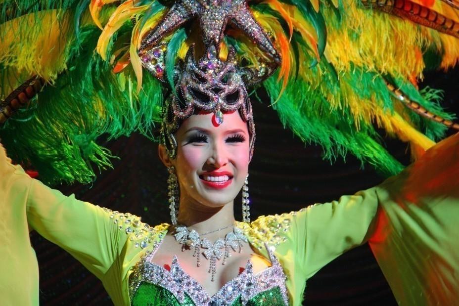 Порно шоу травести тайланд