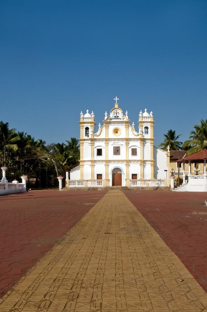 Храмы и монастыри Гоа
