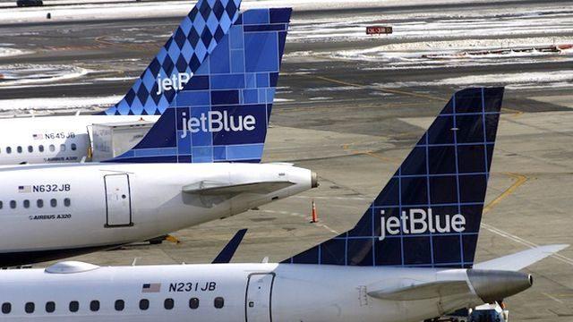 лоукостер Jet Blue