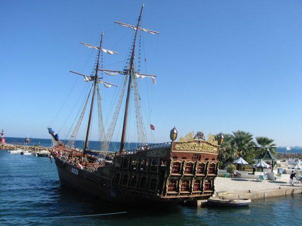 Круиз на пиратской шхуне XIX