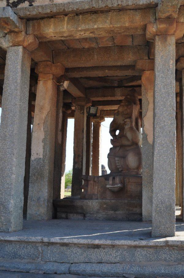 Храм Вирупакши