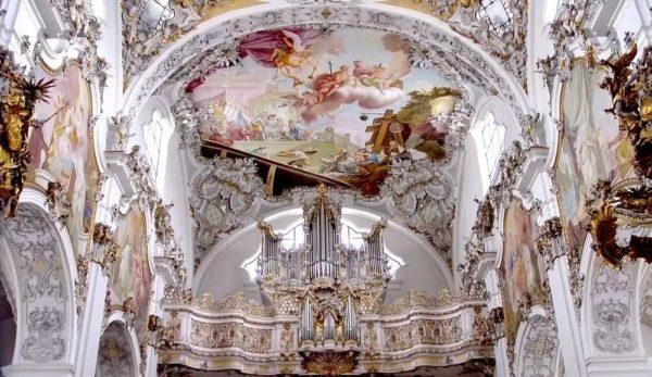 Паломническая церковь в Висе